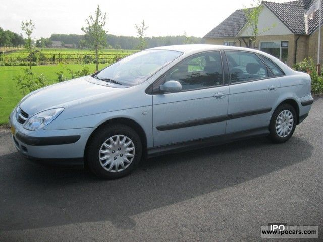 2002 Citroen  C5 1.8 16v Ligne Prestige climate year 2002 Limousine Used vehicle photo