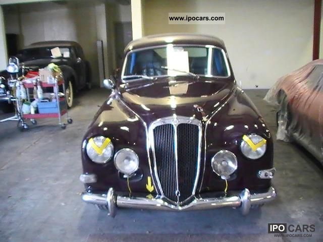 1953 Lancia  Aurelia B-12 Limousine Used vehicle photo