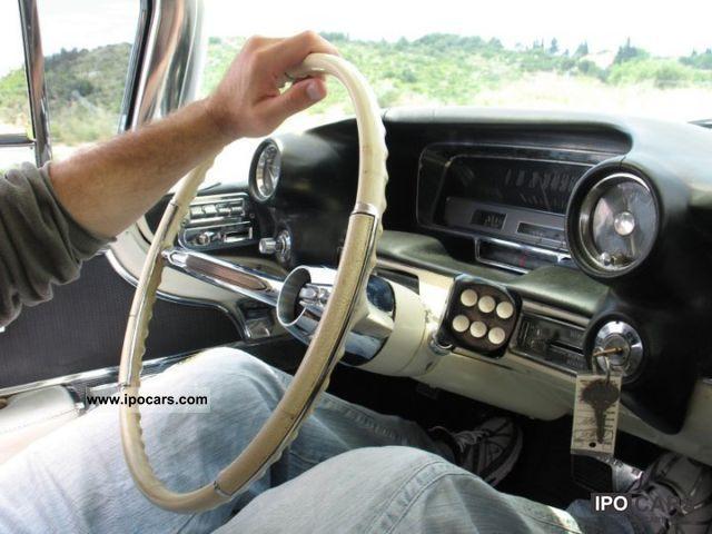 1960 Cadillac Fleetwood - Car Photo and Specs