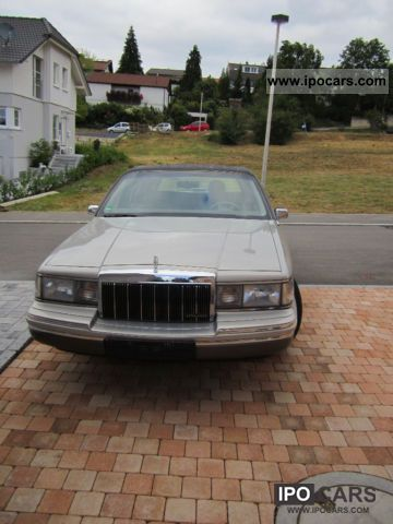 1992 Lincoln  Town Car Limousine Used vehicle photo