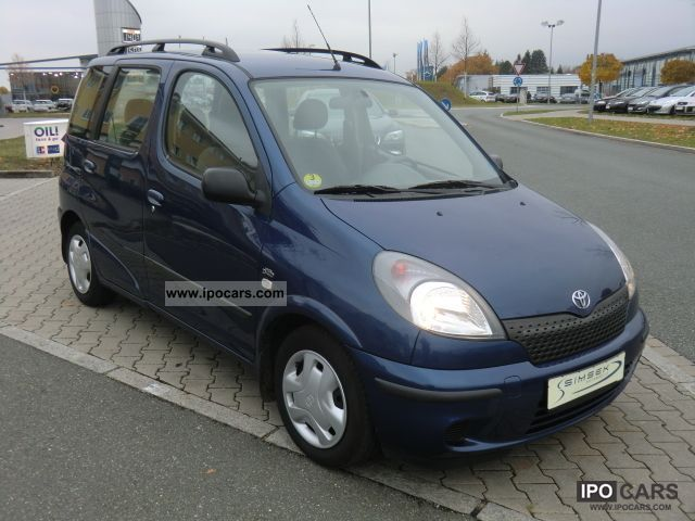 2002 Toyota  Yaris Verso 1.4 D-4D Sol * 1.HAND * Estate Car Used vehicle photo