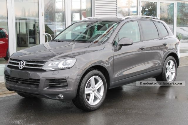 2012 Volkswagen  Touareg 3.0 V6 TDI BlueMotion, air, aluminum 19 \ Off-road Vehicle/Pickup Truck Employee's Car photo