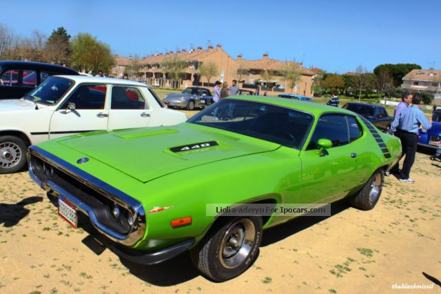 Plymouth  Road Runner 440ci Performance 72 RoadRunner 1972 Vintage, Classic and Old Cars photo