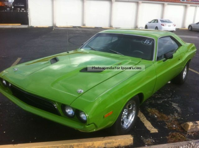 Dodge  Challenger 1972 Vintage, Classic and Old Cars photo