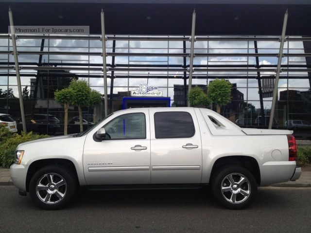 2013 Chevrolet  Avalanche, NEW 5.3i V8 AWD LT SPECIAL Flex Fuel Off-road Vehicle/Pickup Truck Used vehicle photo