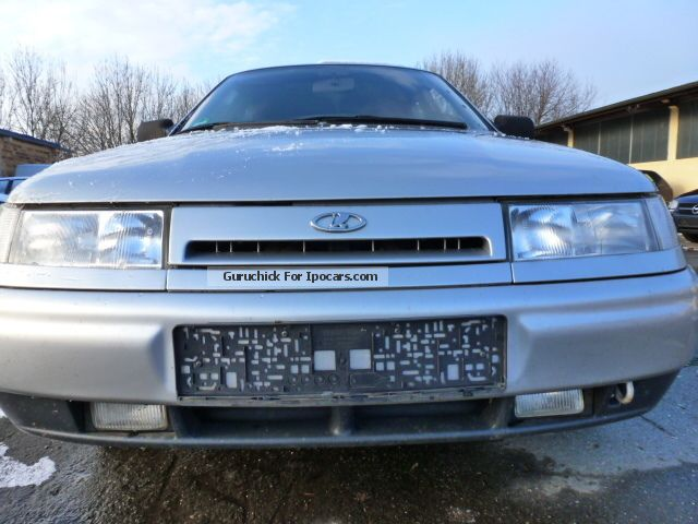 2003 Lada  2112 Saloon Used vehicle photo