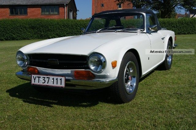 Triumph  TR6 2.5 Cabriolet 1972 Vintage, Classic and Old Cars photo