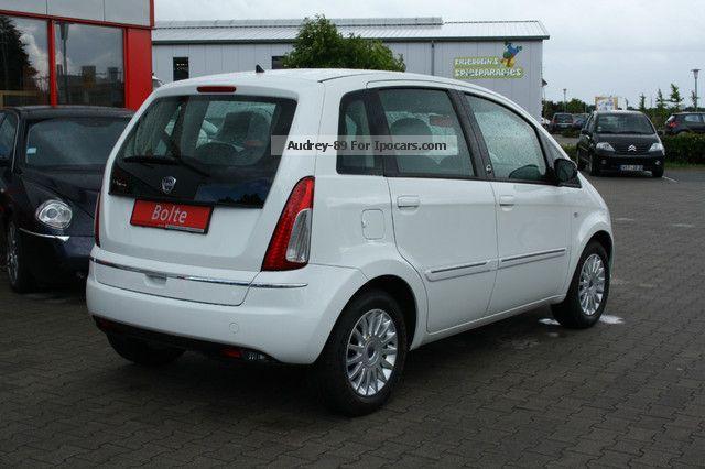 2012 lancia musa 1 4 8v diva ecochic lpg car photo and specs - Lancia musa 1 4 8v ecochic gpl diva ...