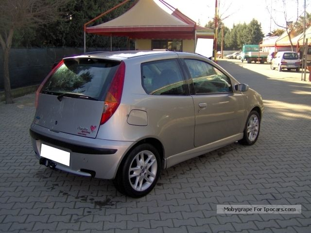 2003 fiat punto 1 9 jtd sporting car photo and specs. Black Bedroom Furniture Sets. Home Design Ideas