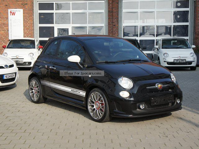 2013 Abarth  500 Sport Package 17-inch alloy wheels, automatic climate control Sports Car/Coupe Pre-Registration photo