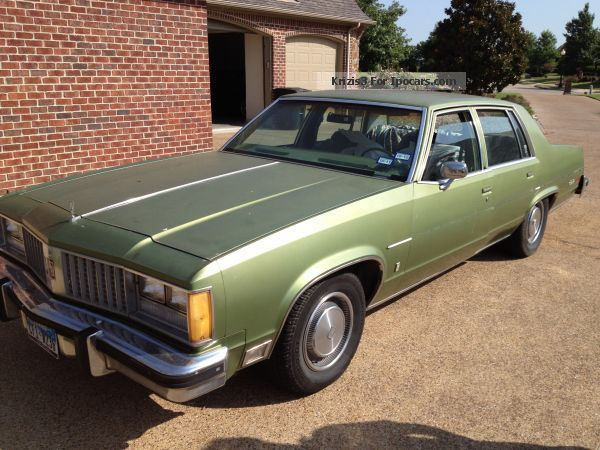1979 Oldsmobile  98 Saloon Used vehicle photo
