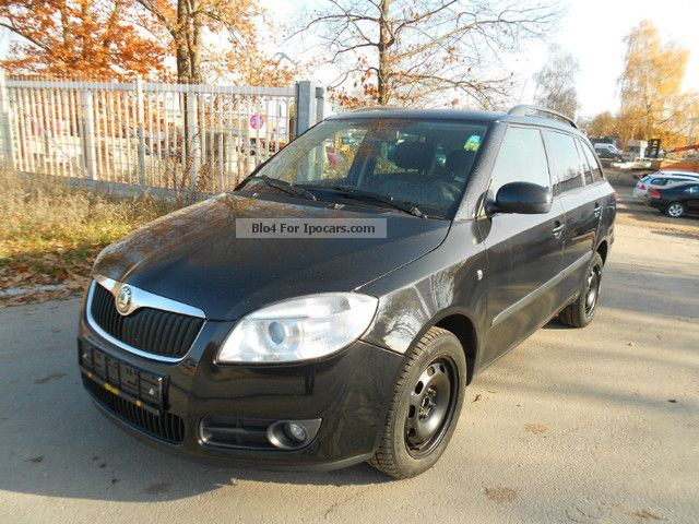 2009 Skoda  Fabia Combi 1.9 TDI Top Clever * AIR * Estate Car Used vehicle photo