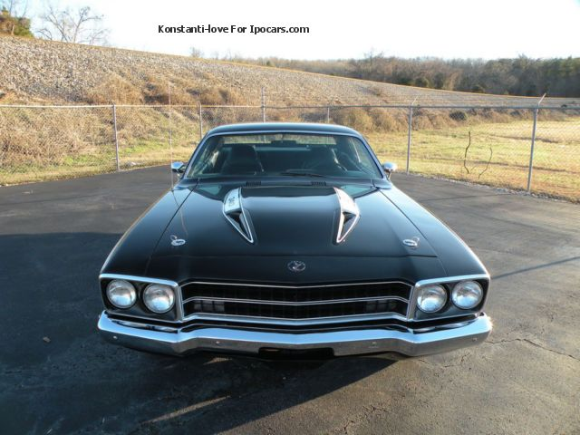 Plymouth Road Runner Top Muscle Car Car Photo