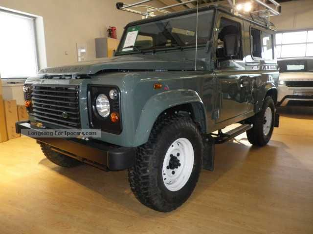 2013 Land Rover  Defender 90 Station Wagon S DPF - Winch \u0026 As Off-road Vehicle/Pickup Truck Used vehicle photo