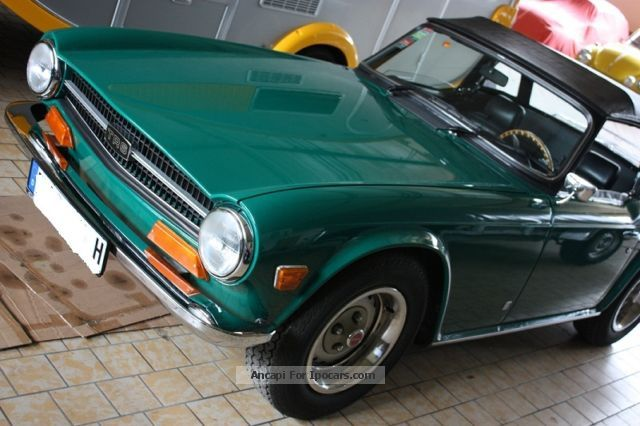 Triumph  TR6 1972 Vintage, Classic and Old Cars photo