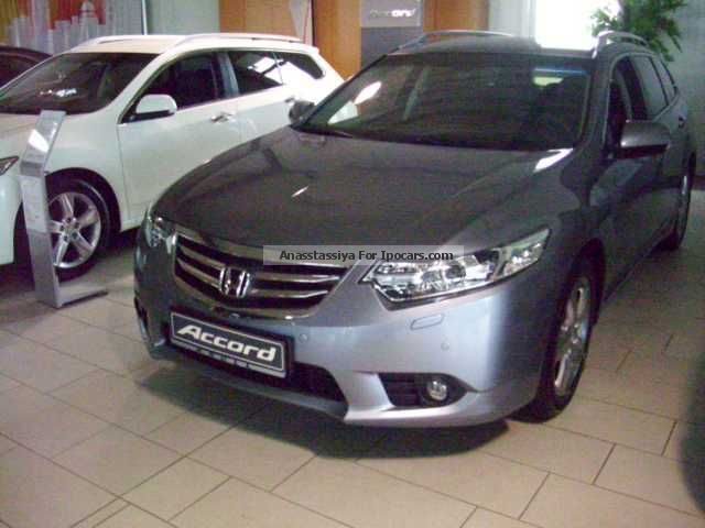 2013 Honda  Accord Tourer 2.0 Lifestyle Estate Car Pre-Registration photo