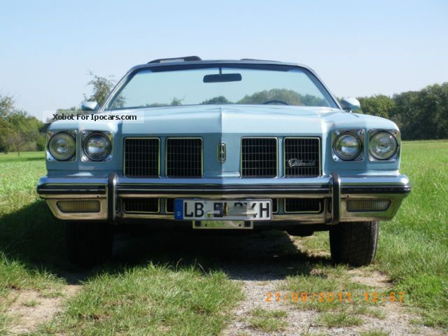 Oldsmobile  Delta 88 Royal Convertible 1975 Vintage, Classic and Old Cars photo