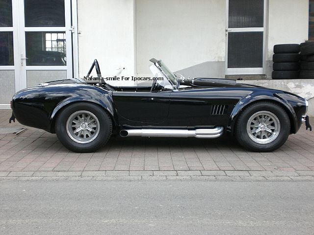 Cobra  Superformance 1965 Vintage, Classic and Old Cars photo