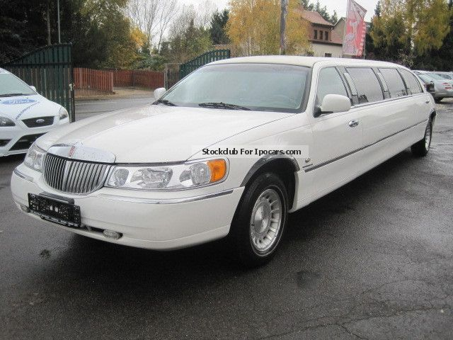 2012 Lincoln  Town Car Stretch Limo * dt Certification * n. 8m * Saloon Used vehicle photo