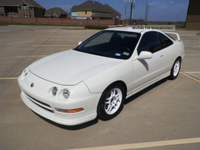 1997 Acura  Integra Type R Sports Car/Coupe Used vehicle photo