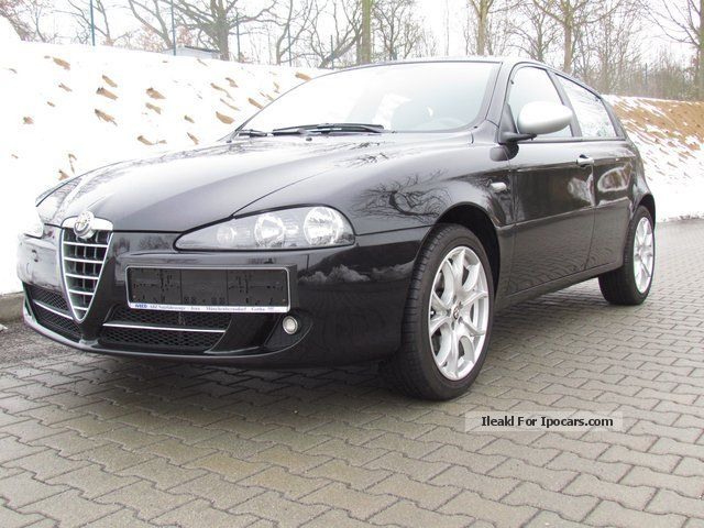 2012 Alfa Romeo  147 1.6 T.Spark Saloon Used vehicle photo