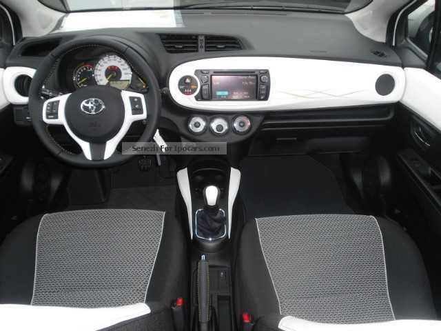 2012 Toyota Yaris 10 VVTi trend  Car Photo and Specs