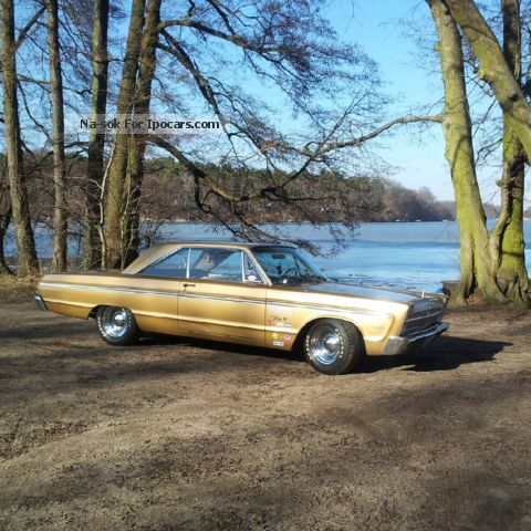Plymouth  Fury 440 V8 muscle car U.S. Car 1965 Vintage, Classic and Old Cars photo