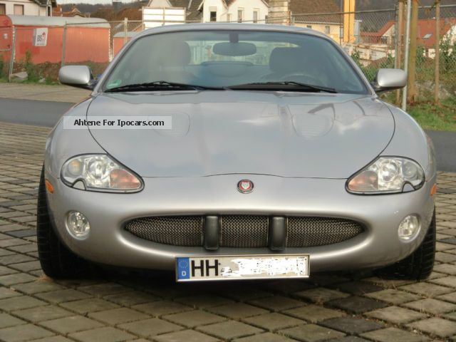 2000 jaguar xkr coupe car photo and specs. Black Bedroom Furniture Sets. Home Design Ideas