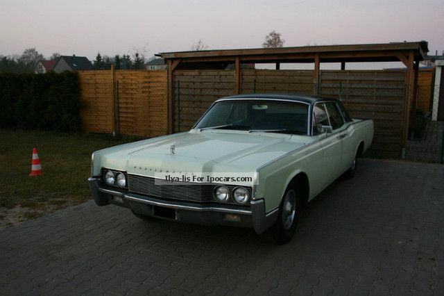 Lincoln  Continental * H IDENTIFICATION. * Suicide Doors * 7.6 liter V8 1967 Vintage, Classic and Old Cars photo