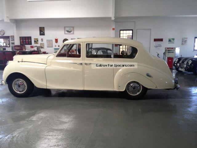 1961 Austin  Vanden Plas Princess Saloon Used vehicle photo