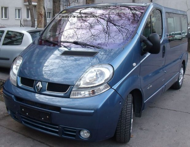 2004 renault trafic generation privilege westfalia bed table car photo and specs. Black Bedroom Furniture Sets. Home Design Ideas