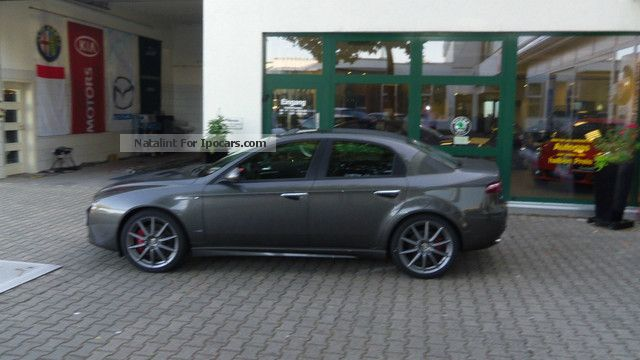 2012 alfa romeo 159 ti 2 0 jtdm turismo bose navi car photo and specs. Black Bedroom Furniture Sets. Home Design Ideas