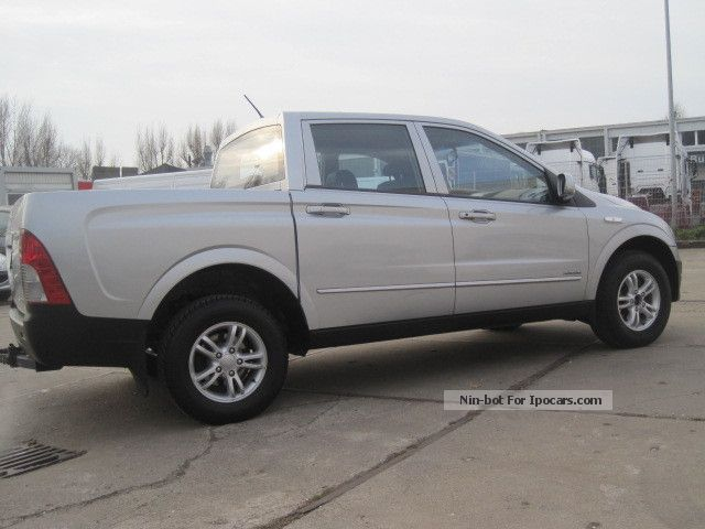 2009 ssangyong actyon sports 200 xdi 4x4 pick up truck 5seats car photo and specs. Black Bedroom Furniture Sets. Home Design Ideas