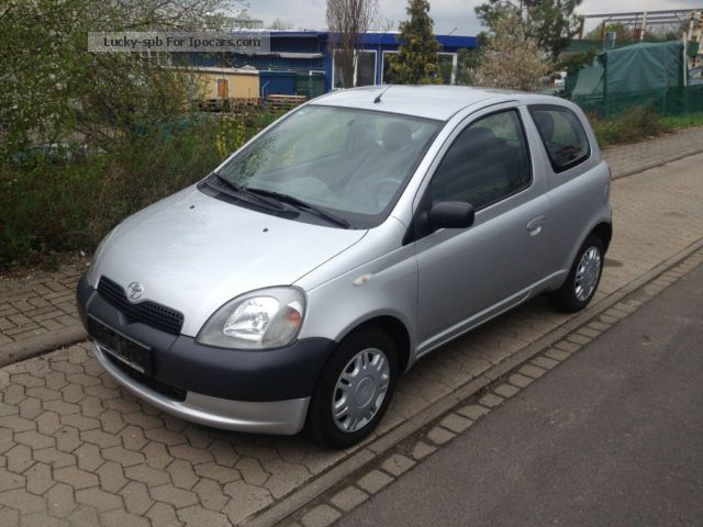 2000 toyota little yaris air km checkbook euro 3 car photo and specs. Black Bedroom Furniture Sets. Home Design Ideas