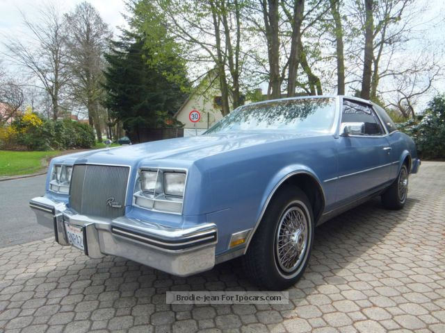 1984 buick riviera coupe car photo and specs. Black Bedroom Furniture Sets. Home Design Ideas