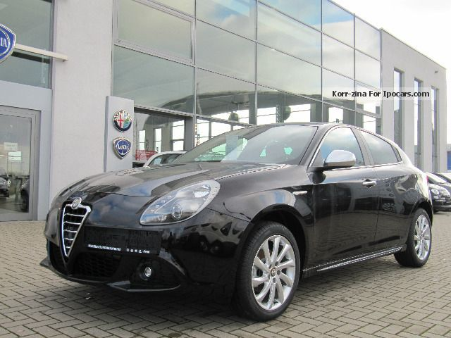 2012 Alfa Romeo  Giulietta 1.4 TB 16V 120HP Turismo Saloon New vehicle photo