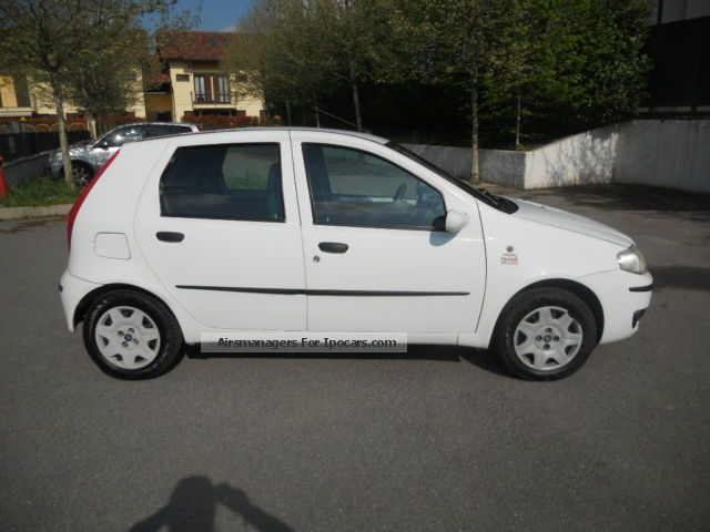 2003 fiat 5pt punto 1 9 jtd car photo and specs. Black Bedroom Furniture Sets. Home Design Ideas