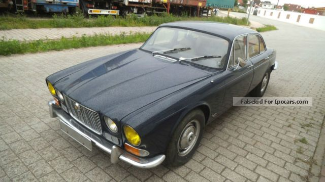 Jaguar  XJ6L 4.2 ltr. SI 1972 Vintage, Classic and Old Cars photo