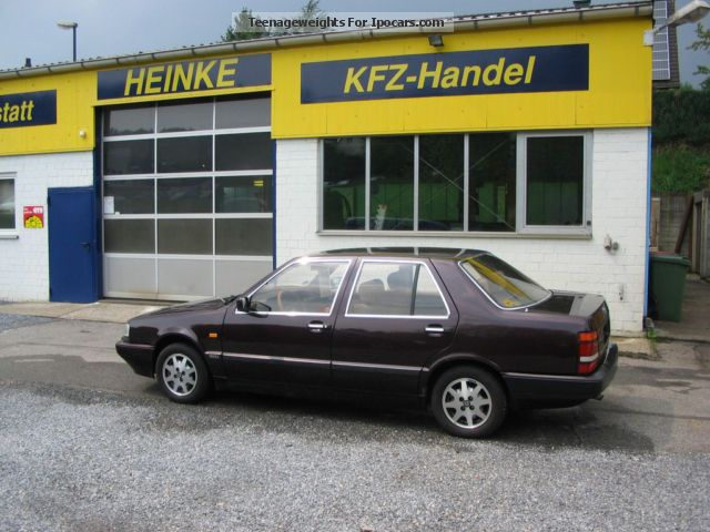 1990 Lancia  1.Hand-16V topic Saloon Used vehicle photo