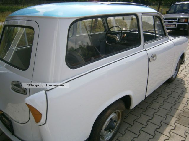 Trabant  600 wagon with sunroof, IFA, DDR, Ostauto 1965 Vintage, Classic and Old Cars photo