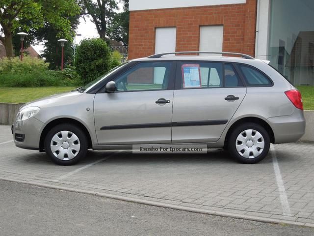 2009 skoda fabia combi 1.2 cool edition - car photo and specs