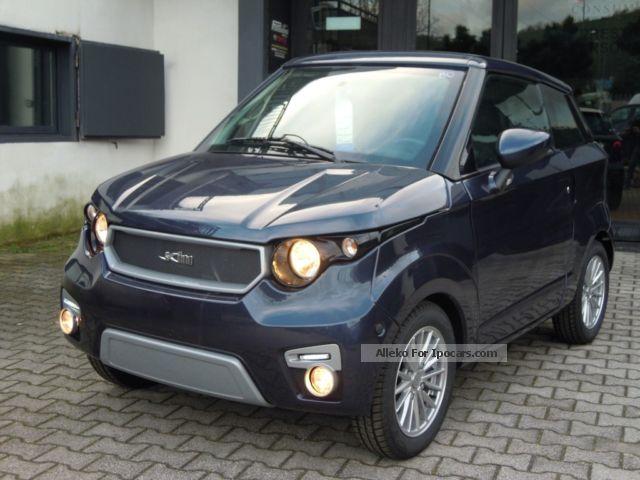 2012 Aixam  400 Small Car New vehicle photo