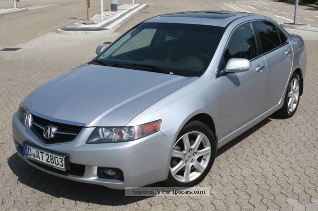 2004 Acura  TSX Saloon Used vehicle photo