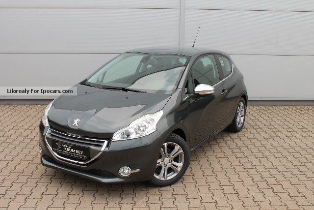 2013 peugeot 208 allure 120 vti 3 doors parking sensors. Black Bedroom Furniture Sets. Home Design Ideas