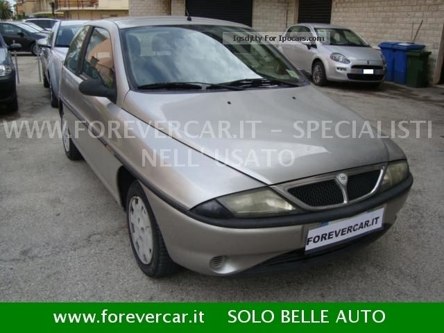 Lancia  Ypsilon 1.2 METANO Guida Neopatentati 2000 Compressed Natural Gas Cars (CNG, methane, CH4) photo