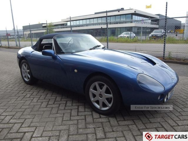 1994 tvr griffith 5 0l v8 500 convertible car photo and specs. Black Bedroom Furniture Sets. Home Design Ideas