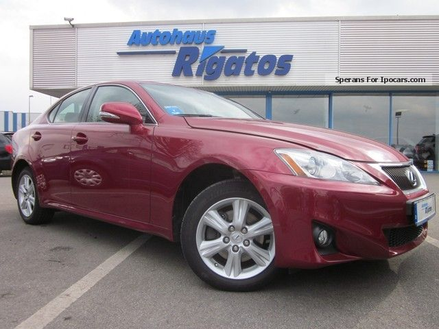 2011 Lexus  IS 220 d DPF Lim navigation, rearview camera Saloon Used vehicle photo