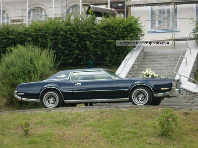 2012 lincoln continental mark iv cartier execution car photo and specs. Black Bedroom Furniture Sets. Home Design Ideas