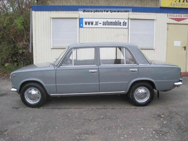 Lada  1200 Shiguli 2101 HU \u0026 H flag new 1972 Vintage, Classic and Old Cars photo
