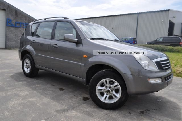 2004 ssangyong rexton 2 9 turbo rj 290 car photo and specs. Black Bedroom Furniture Sets. Home Design Ideas